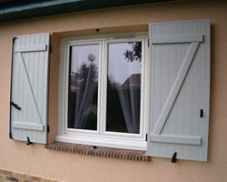 Houdan Fenêtre 78 - Houdan - Volets